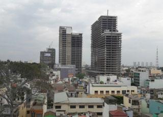 'Thị trường bất động sản tăng trưởng nhưng chưa vững chắc'